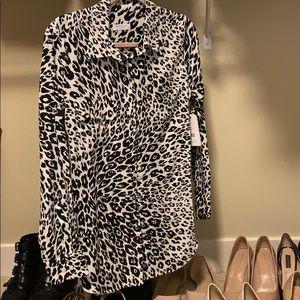 Equipment slim signature cheetah blouse